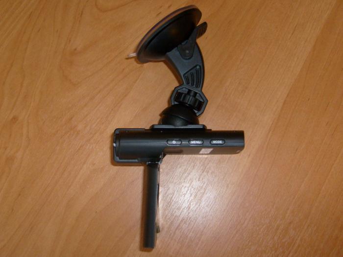 Максимальный угол наклона видеорегистратора при креплении на лобовое стекло